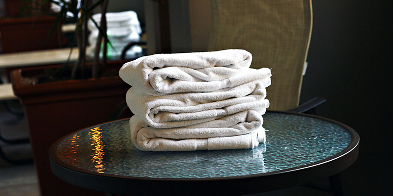 r_towels_laundry_swim